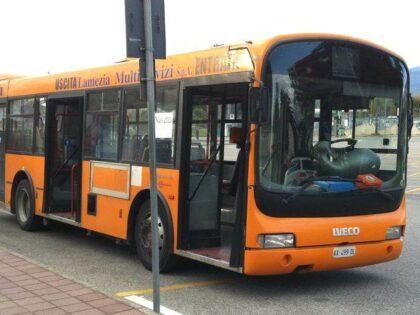 Sugli autobus arrivano i controllori per rispetto delle norme anti-Covid